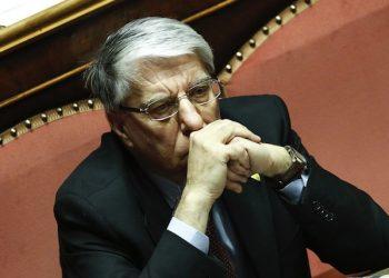 Carlo Giovanardi in Senato durante l'esame del disegno di legge sulle unioni civili, Roma, 3 Febbraio 2016. ANSA/GIUSEPPE LAMI