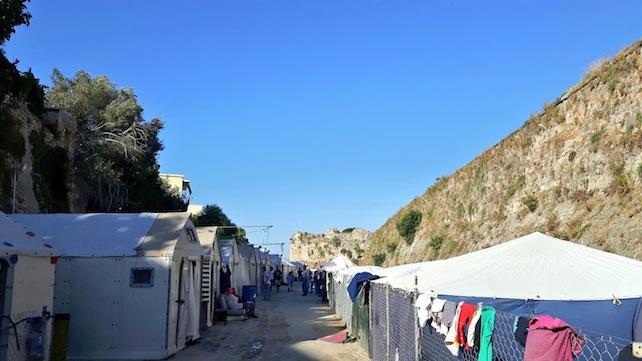grecia-chio-campi-profughi1