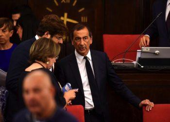 Il sindaco di Milano Giuseppe Sala durante la prima seduta del nuovo consiglio comunale. Milano, 7 luglio 2017.      ANSA/DANIELE MASCOLO