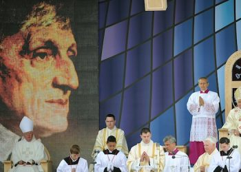 Benedetto XVI alla Messa per la beatificazione del cardinale John Hnery Newman nel 2010