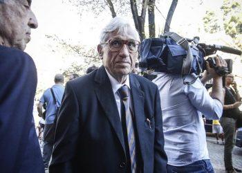 Antonio Fazio arriva per i funerali di Ettore Bernabei nella chiesa di Sant'Eugenio a Roma, 16 agosto 2016. ANSA/GIUSEPPE LAMI