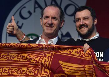 Una recente immagine di Luca Zaia e Matteo Salvini  ANSA/ ETTORE FERRARI