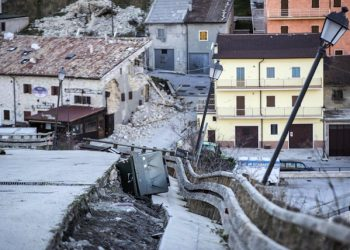 Strada dissestata a Castelluccio di Norcia, Italy, 02 November 2016. Aftershocks continue to keep people on edge in the areas of central Italy devastated by a series of recent earthquakes, including Sunday's 6.5-magnitude quake near Norcia. ANSA/MASSIMO PERCOSSI