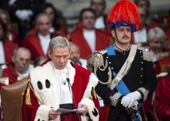 Il primo presidente della Corte Suprema di Cassazione Giovanni Canzio durante il suo intervento alla cerimonia di inaugurazione dell'anno giudiziario presso la Corte di Cassazione, Roma, 26 gennaio 2017. ANSA/ANGELO CARCONI