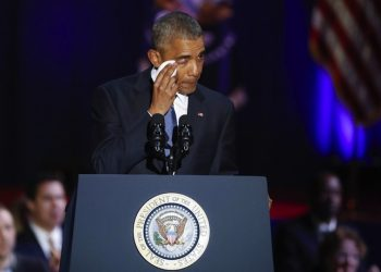 US President Barack Obama wipes a tear from his eye while delivering his farewell address to the American people at McCormick Place in Chicago, Illinois, USA, 10 January 2017. Obama's eight year term as president of the USA ends on 20 January when President-elect Donald Trump takes the oath of office.  ANSA/KAMIL KRZACZYNSKI