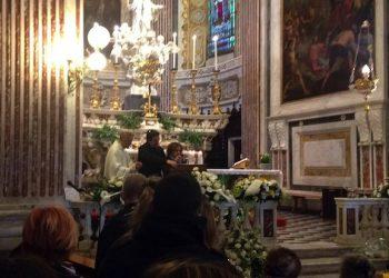 Antonella Riccardi e Marco Bianchi, i genitovi adottivi del ragazzo suicida di Lavagna durante la celebrazione dei fumerali, 15 febbraio 2017.  ANSA