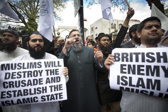 Pro-Muslim Rally against British Crusade