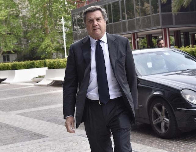 Giorgio Fossa arriva nella sede di Confindustria dove il presidente designato Vincenzo Boccia presenta la squadra di presidenza al Consiglio Generale, Roma, 28 aprile 2016. ANSA/ GIORGIO ONORATI