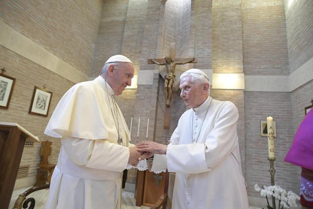 Benedetto XVI Francesco ansa