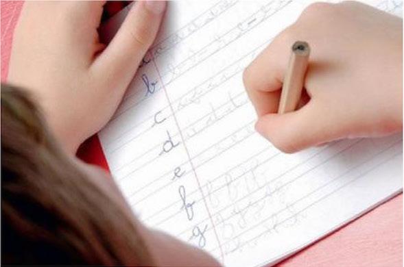 scrittura-mano-corsivo