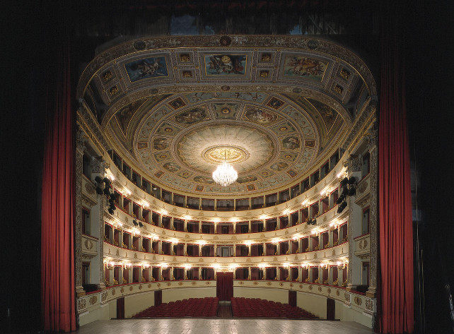 teatro-pergolesi-jesi