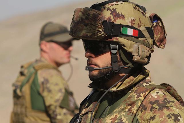 soldati italiani esercito ansa