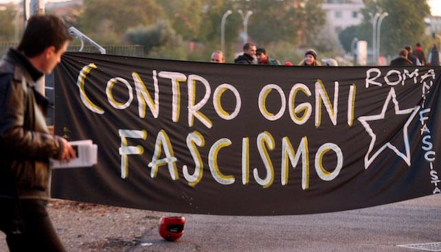 SICUREZZA: SIT-IN CENTRI SOCIALI ROMA, CONTRO OGNI FASCISMO
