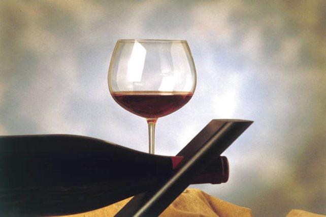 vino-rosso-ansa
