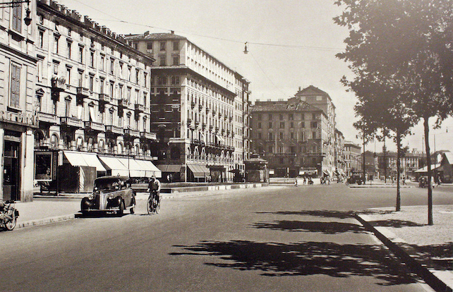 Milano,_piazzale_Cantore_01