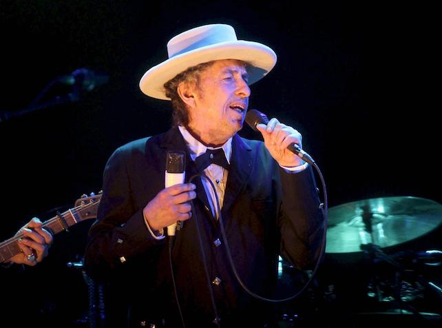 epa05634397 (FILE) A file picture dated 13 July 2012 shows US musician Bob Dylan performing at the Benicassim International Music Festival (FIB) in Benicassim, Spain. According to media reports on 16 November, Dylan confirmed that he will not be able to attend the Nobel ceremony to accept his 2016 Nobel Prize in Literature, after he was announced as the recipient of the prize in Stockholm on 13 October 2016.  EPA/DOMENECH CASTELLO