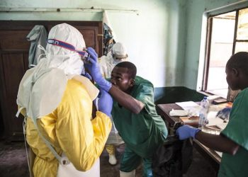 epa06744507 A handout photo made available by UNICEF shows health workers preparing to diagnose and treat suspected Ebola patients in Bikoro Hospital, in Bikoro, The Democratic Republic Of The Congo, 12 May 2018 (issued 17 May 2018). According to the DR Congo Health Ministry, an Ebola case has been confirmed in the city of Mbandaka, about 130 kilometers from Bikoro, the epicenter of the latest outbreak.  EPA/MARK NAFTALIN / UNICEF HANDOUT  HANDOUT EDITORIAL USE ONLY/NO SALES