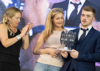 Tom Evans (R) and Kate James (C), the parents of Alfie Evans, with Fdi leader Giorgia Meloni (L), attend the Atreju political meeting, the Youth Festival of the Fdi-Fratelli D'Italia party (Brothers of Italy), in Rome, 22 September 2018.   ANSA/CLAUDIO PERI