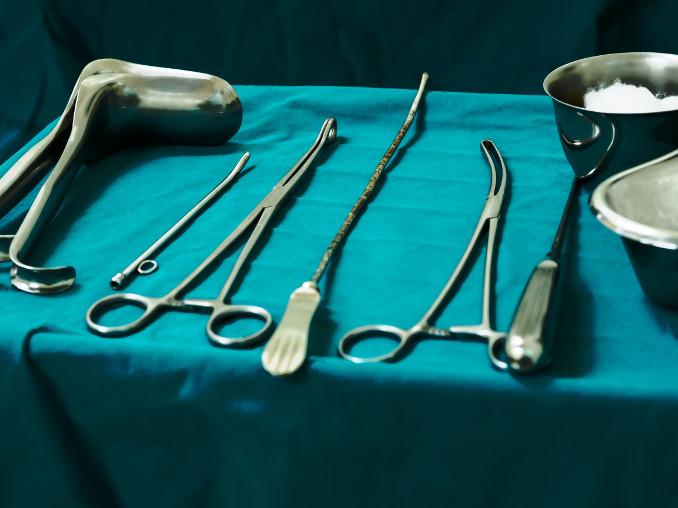 Strumenti chirurgici per aborto