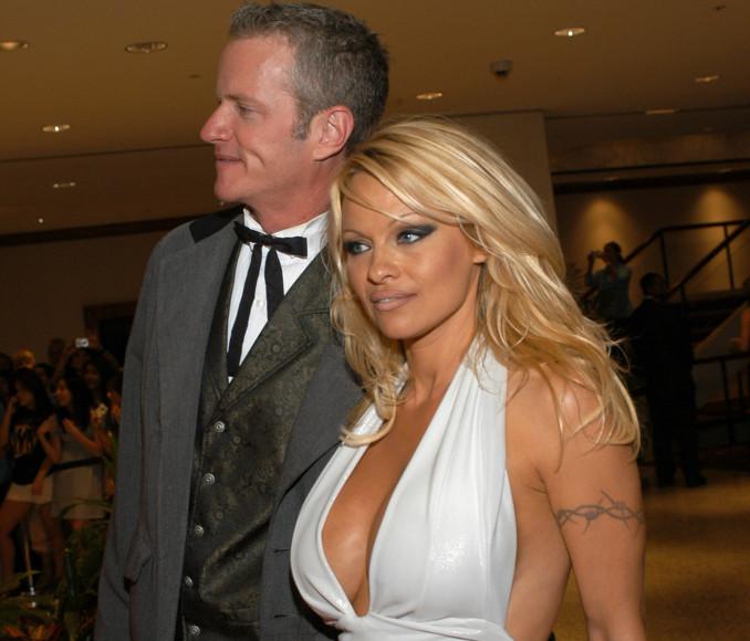 Pamela Anderson con Dan Matthews della Peta
