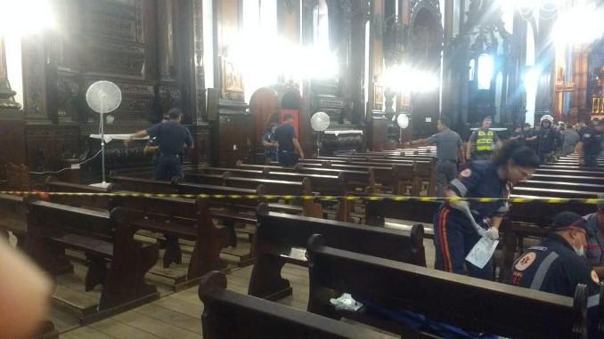 Polizia nella cattedrale di Campinas, Brasile, dopo la sparatoria