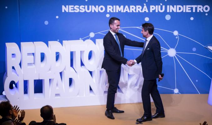 Luigi Di Maio e Giuseppe Conte presentano il Reddito di cittadinanza