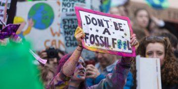 Protesta contro il riscaldamento globale e i combustibili fossili