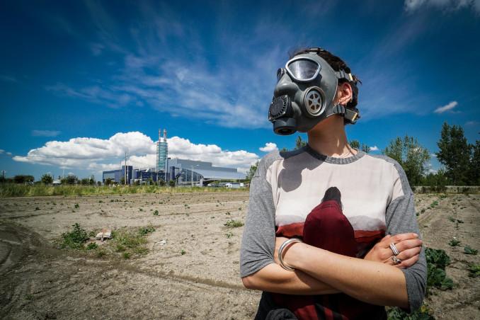 Flash mob ambientalista contro l'inceneritore di Acerra (Na)