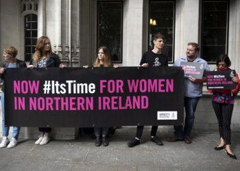 Manifestazione a favore della legalizzazione dell'aborto in Irlanda del Nord