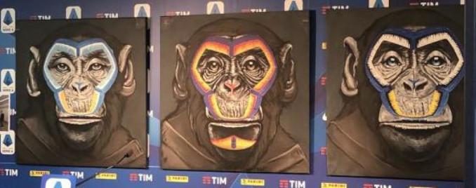 Trittico di scimmie per la campagna della Lega Calcio contro il razzismo