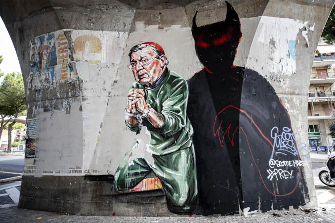 Un murale in Australia contro il cardinale George Pell, accusato di pedofilia