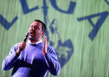 Comizio di Matteo Salvini sul palco della Lega