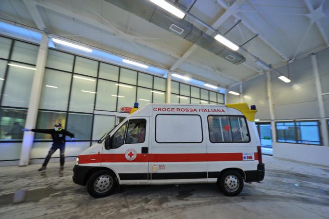 Ambulanza a Bergamo, focolaio dell'epidemia da coronavirus