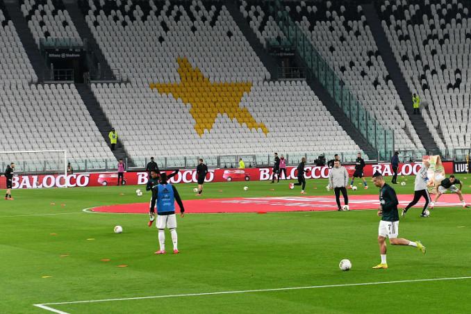 Juventus-Inter a porte chiuse per l'emergenza coronavirus