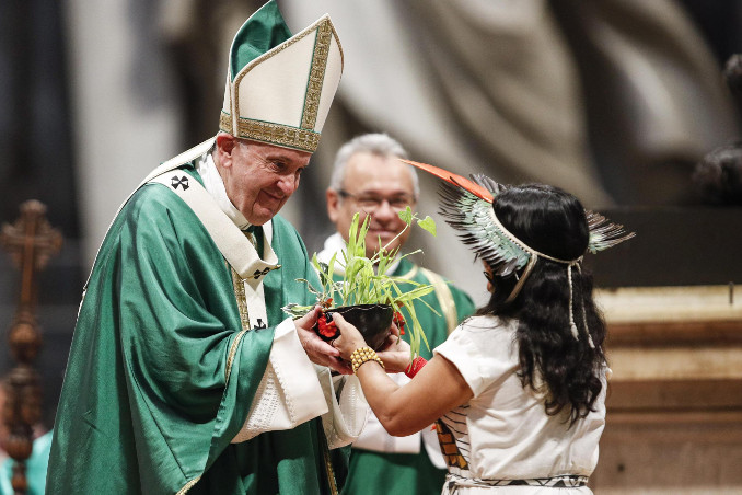 Papa Francesco durante la Messa conclusiva del Sinodo per l'Amazzonia