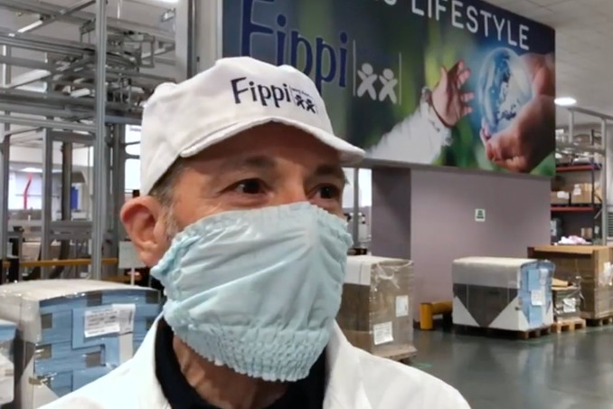 Claudio Guarnerio, amministratore delegato di Fippi, azienda di pannolini che produce mascherine anti-coronavirus