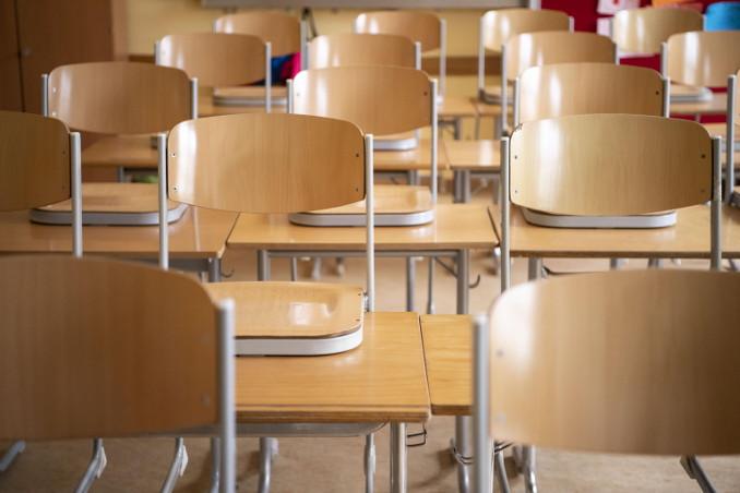 Aula di scuola chiusa per coronavirus