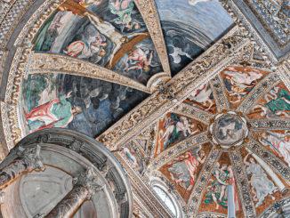 Soffitto affrescato della Certosa di Garegnano a Milano