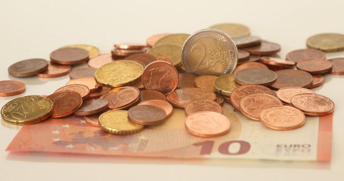 Euro in banconote e monete