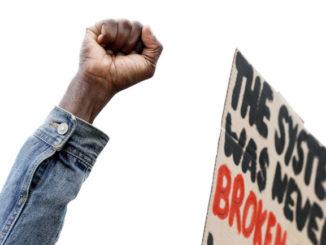 Manifestazione contro il razzismo
