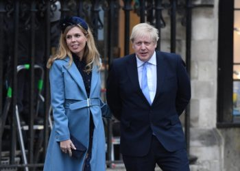 Boris Johnson con la fidanzata Carrie Symonds