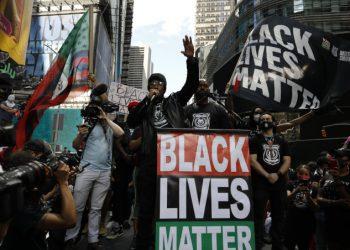 Proteste di Black Lives Matter a New York dopo l'uccisione di George Floyd