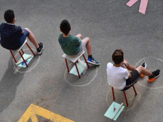 Alunni di scuola paritaria distanziati per l'emergenza coronavirus