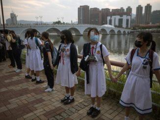 hong kong studenti scuola