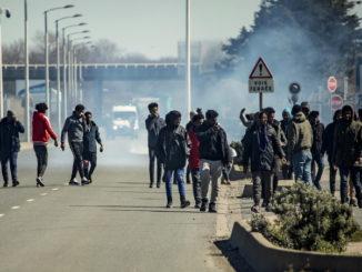 francia migranti