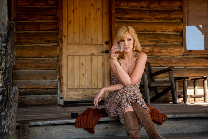 Kelly Reilly nella serie tv Yellowstone