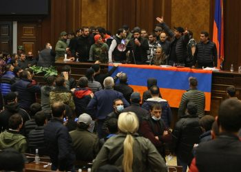 armenia proteste guerra