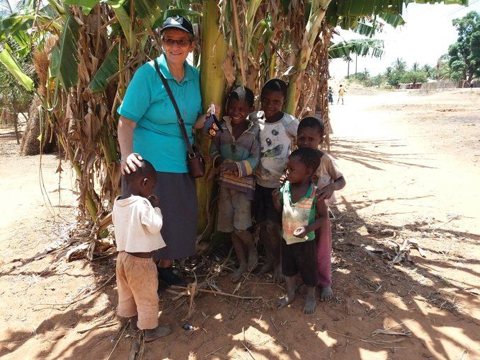 mozambico-blanca-bambini