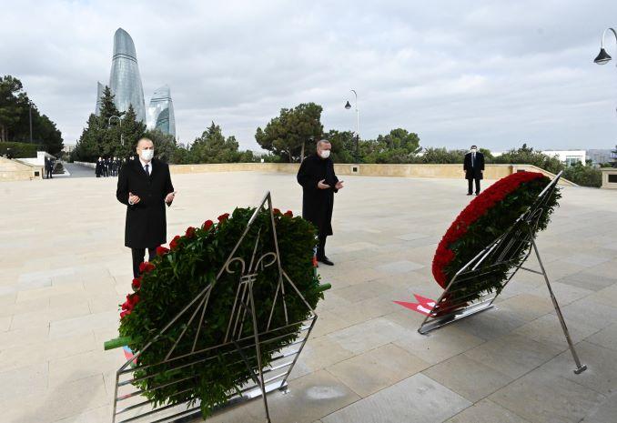 Il presidente dell'Azerbaijan, Ilham Aliyev, e quello turco, Recep Tayyip Erdogan, alla parata militare per le vittorie in Nagorno Karabakh, Baku, 10 dicembre 2020
