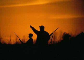 Padre e figlio a caccia